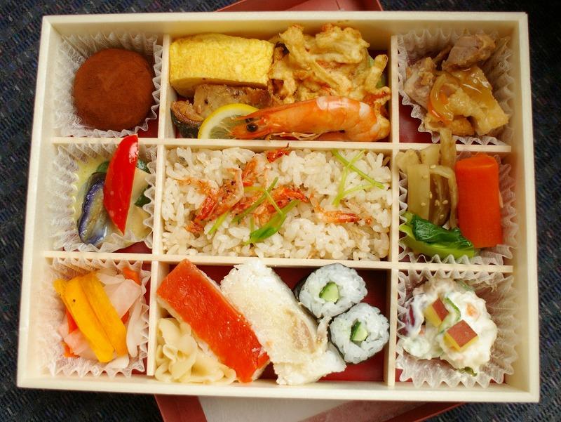 金沢、芝寿司のお弁当