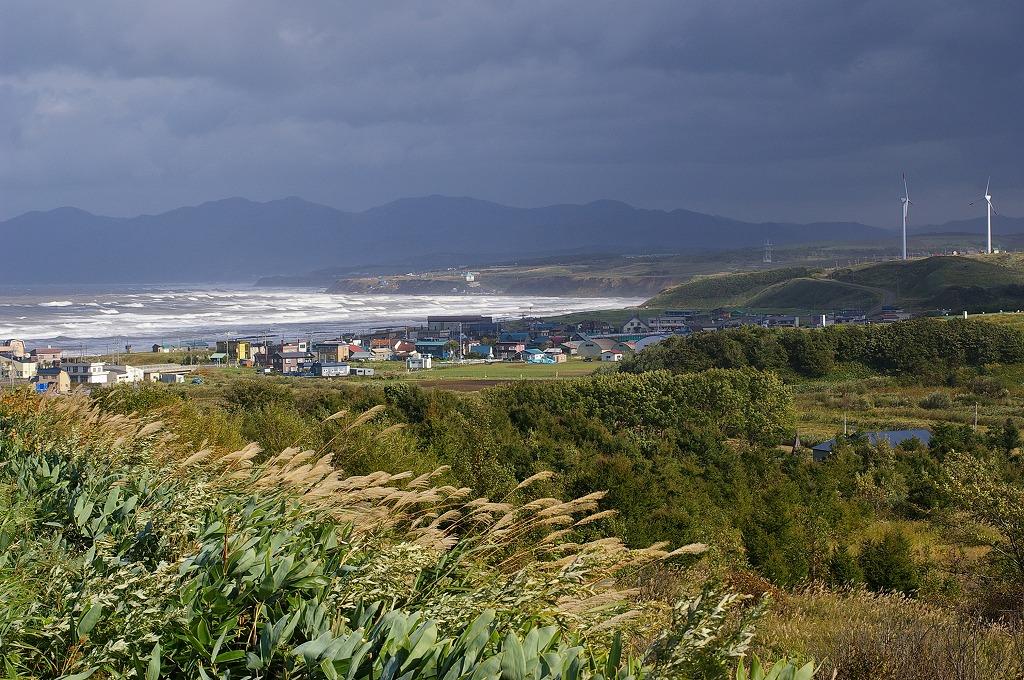 暴風波浪警報石狩湾